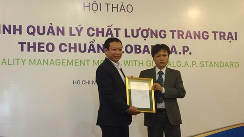 Anova's pig farm becomes 1st in VN to get Global G.A.P certification